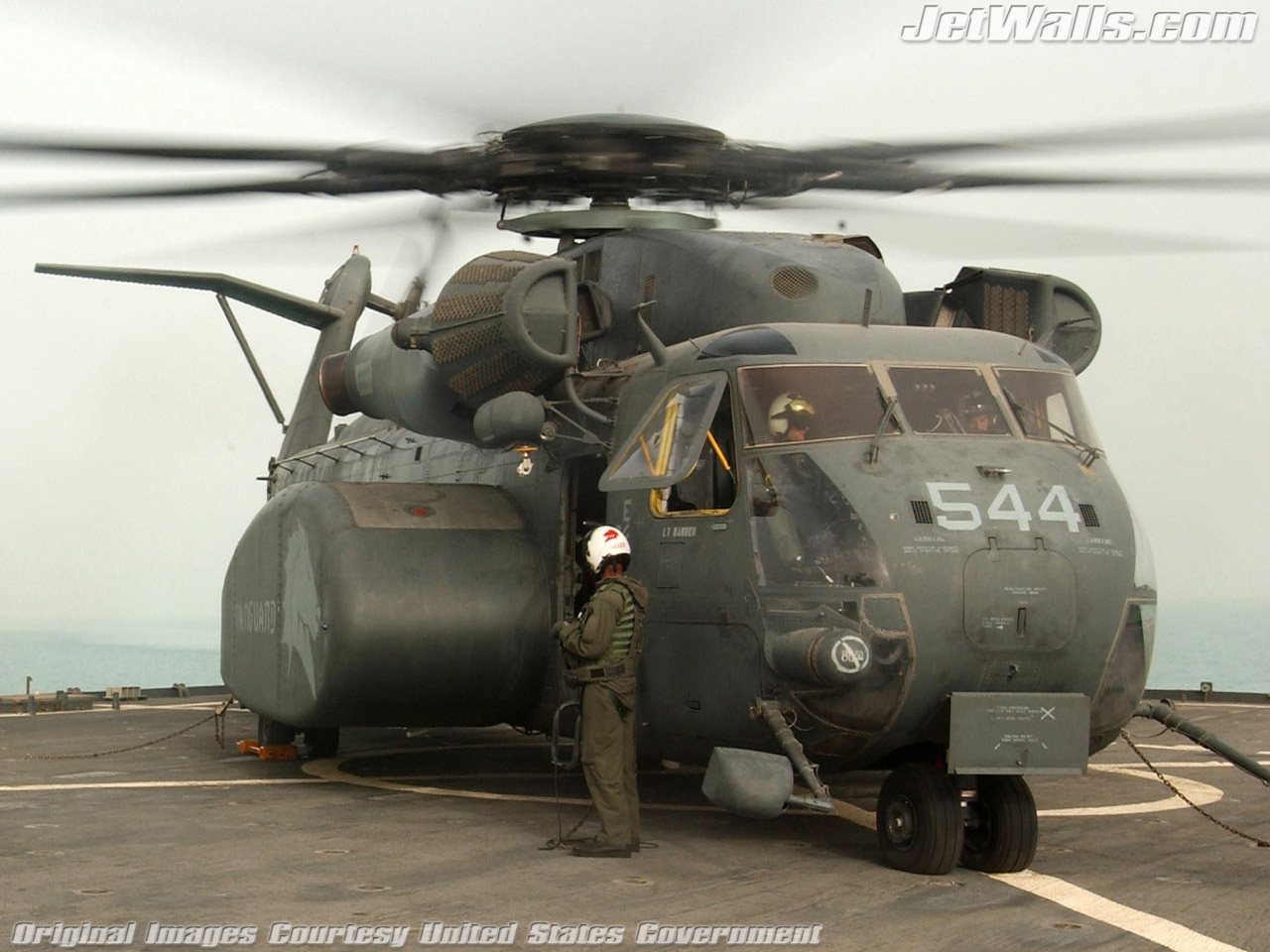 """MH-53 Sea Dragon"" - Wallpaper No. 77 of 101. Right click for saving options."